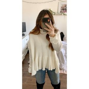 Free people Pearl color sweater